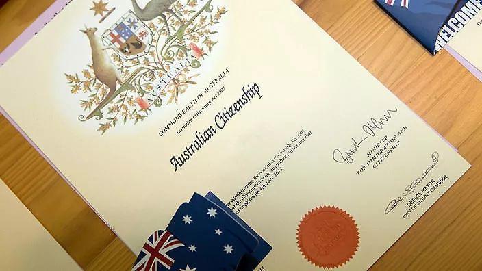 怒!澳洲老人做了一辈子澳洲公民 如今或被驱逐出境?!