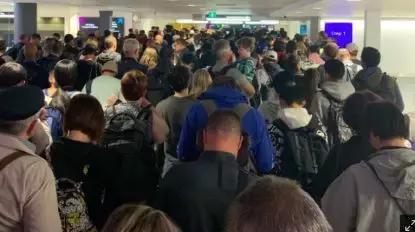 澳洲宣布:明年起,不用护照入关了!